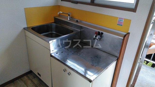 サザンクロスⅡ 204号室のキッチン