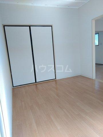 シマハイツ 101号室の居室