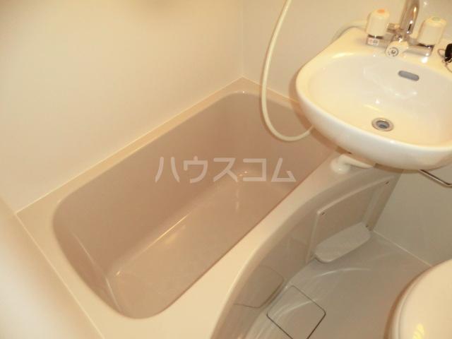 リブ亀有 103号室の風呂