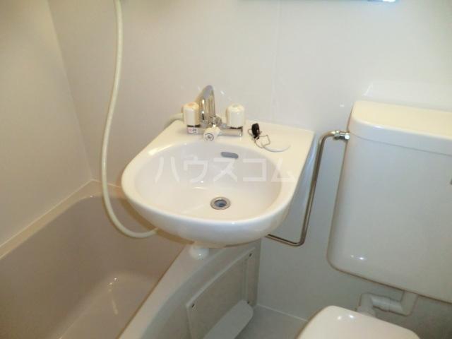 リブ亀有 103号室の洗面所