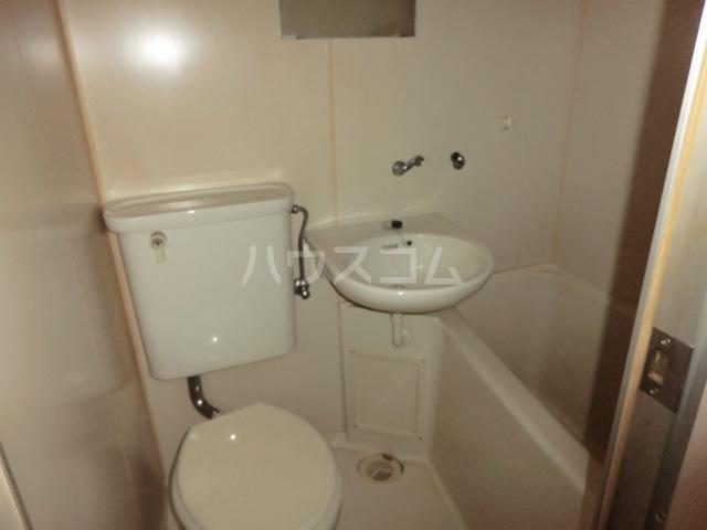 小松屋ビル 305号室の風呂