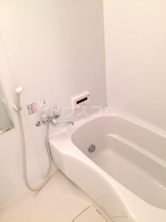 SAKURA HILSS E 201号室の風呂