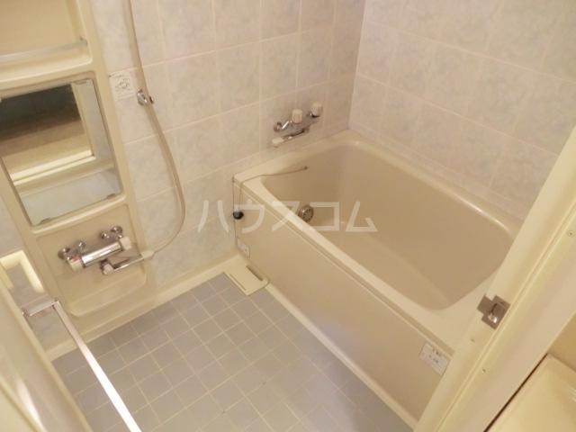 グランデュオ南街区 304号室の風呂
