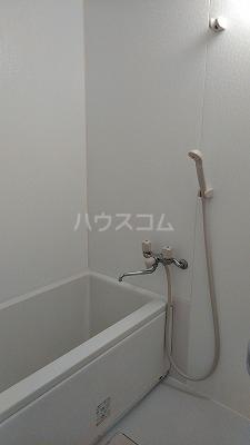 ラパニエールオート 6号室の風呂