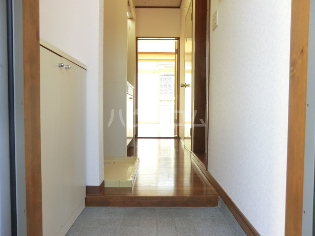 サンビレッジ 104号室の玄関