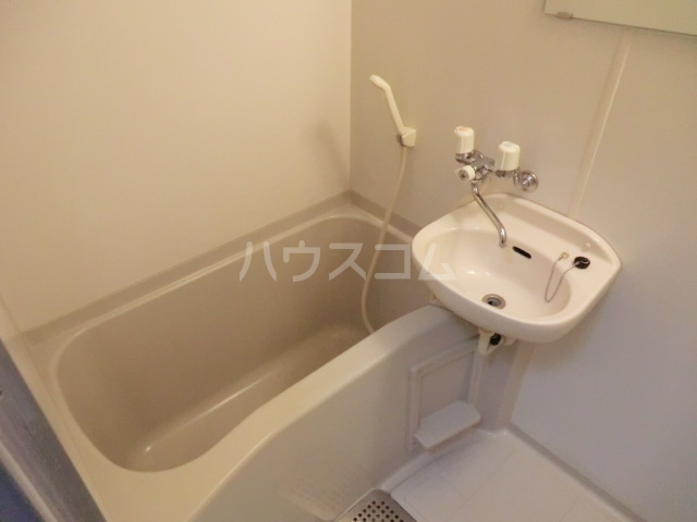 HANAハイム S 201号室の風呂