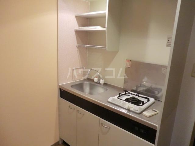 プランドール栗 102号室のキッチン