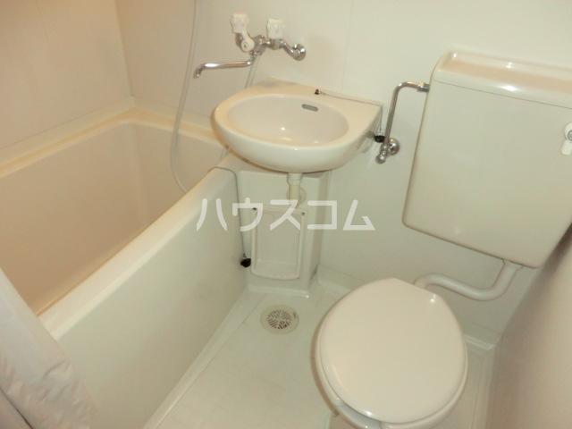 マルタハイツ 103号室のトイレ
