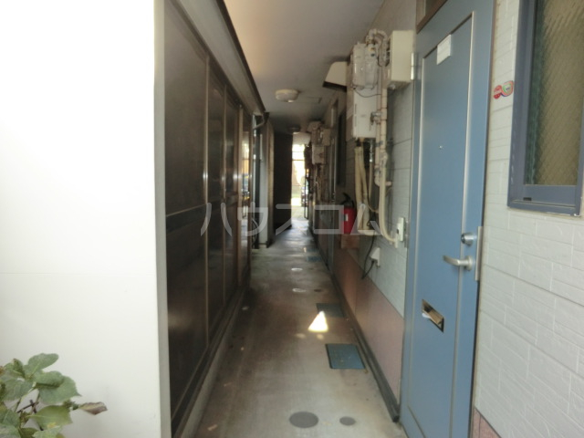 マルタハイツ 103号室のロビー