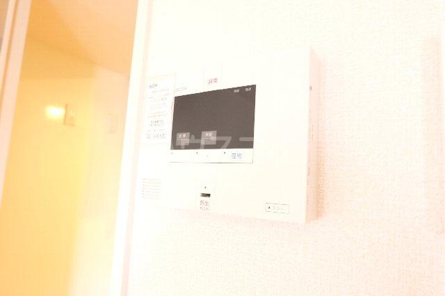 セラ 303号室のセキュリティ