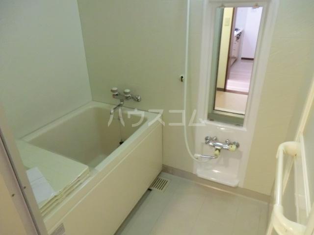 エルスタンザ北浦和 305号室の風呂