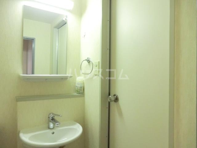 サンセール与野本町 216号室の洗面所