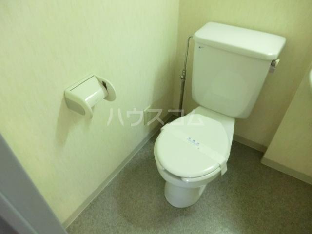 サンセール与野本町 218号室のトイレ