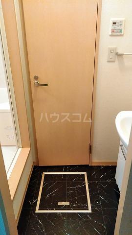 スカイコートⅡ 103号室の玄関
