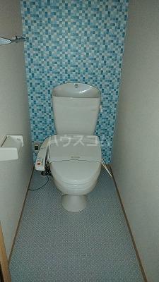 プリムローズⅢ 101号室のトイレ