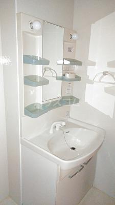 プリムローズⅢ 101号室の洗面所