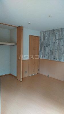 プリムローズⅢ 101号室の収納