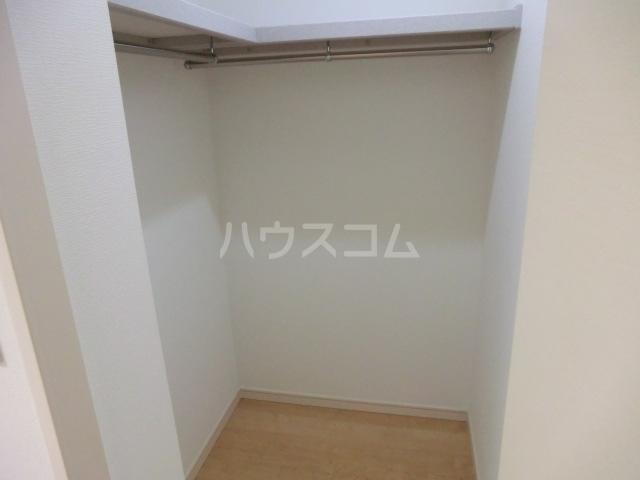 上落合SIマンション 205号室の収納