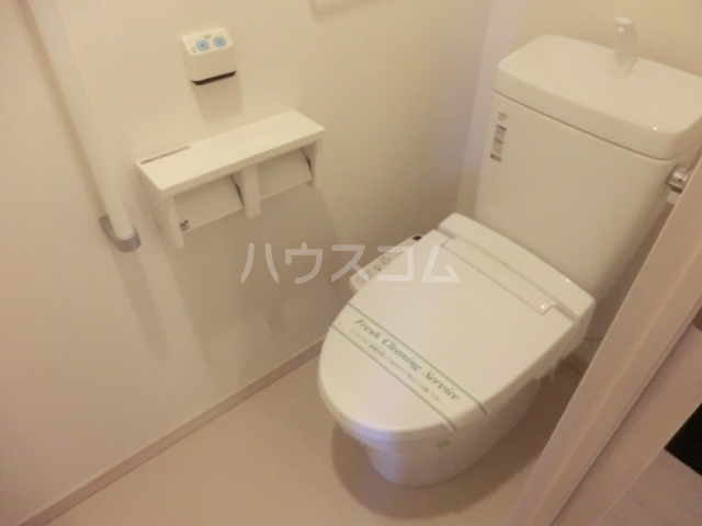 ライフステージ与野 501号室のトイレ