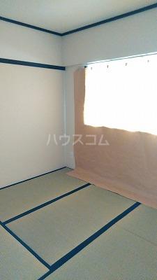 浦和昭和ビル 302号室の居室