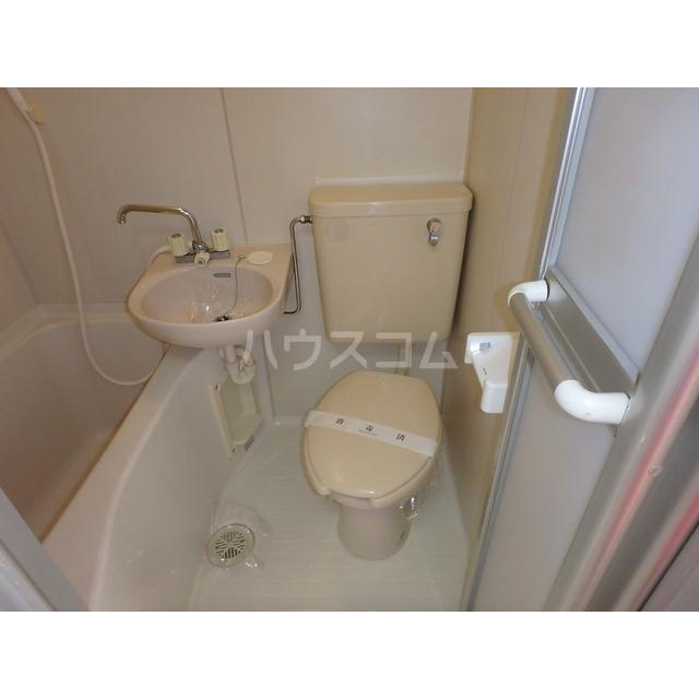 リバーサイド弥生 105号室のトイレ