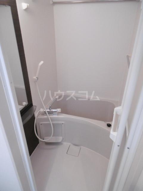 リブリ・北与野 305号室の洗面所
