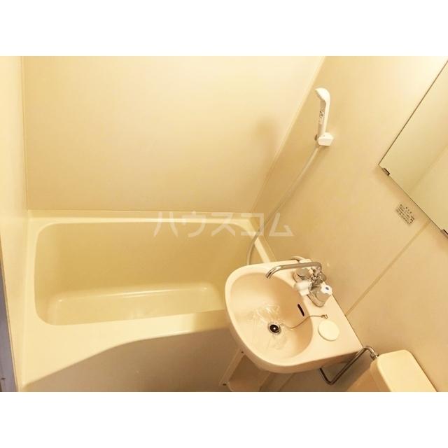 レオパレス北与野第1 203号室の風呂