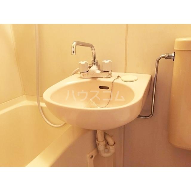 レオパレス北与野第1 203号室の洗面所