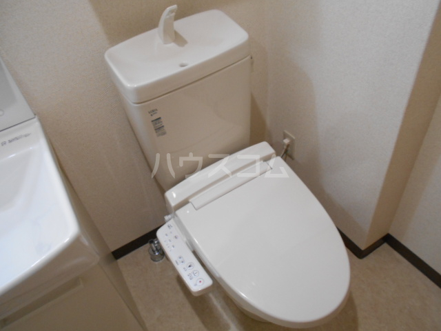 グランメール与野 201号室のトイレ