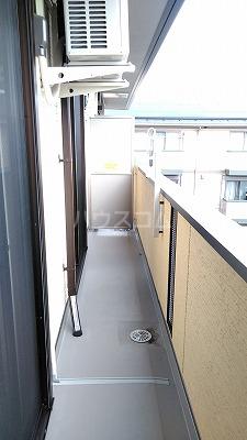 プレジオⅡ 203号室のバルコニー
