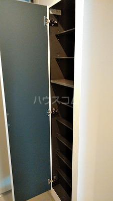 リブリ・与野本町 107号室の収納