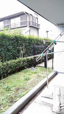 ライオンズクオーレ与野レジデンス 1F号室の庭