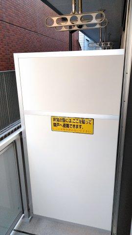 リブリ・ゆり本町 101号室のバルコニー