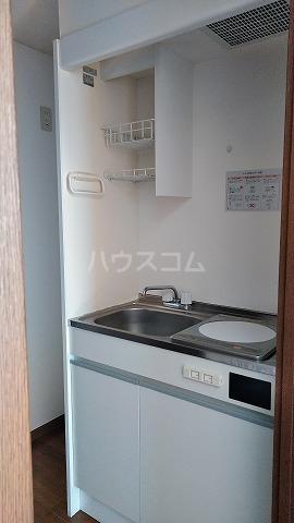 グランドプレミールSAKAWA 302号室のキッチン