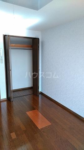 グランドプレミールSAKAWA 302号室の収納