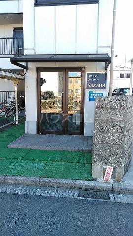 グランドプレミールSAKAWA 302号室のエントランス