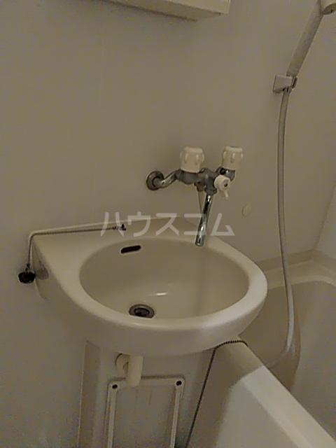 リック北浦和 101号室の洗面所