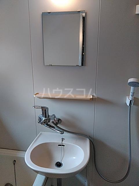 コーポタカノ 102号室の洗面所