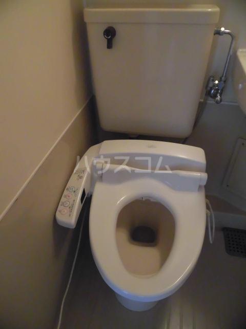 ハイツ田中 301号室のトイレ