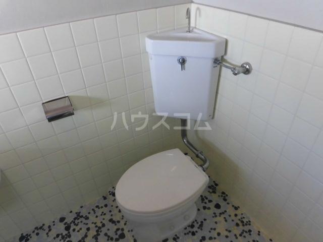 高橋ハイツ 301号室のトイレ