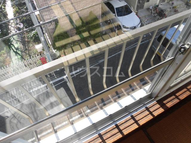 高橋ハイツ 301号室のバルコニー