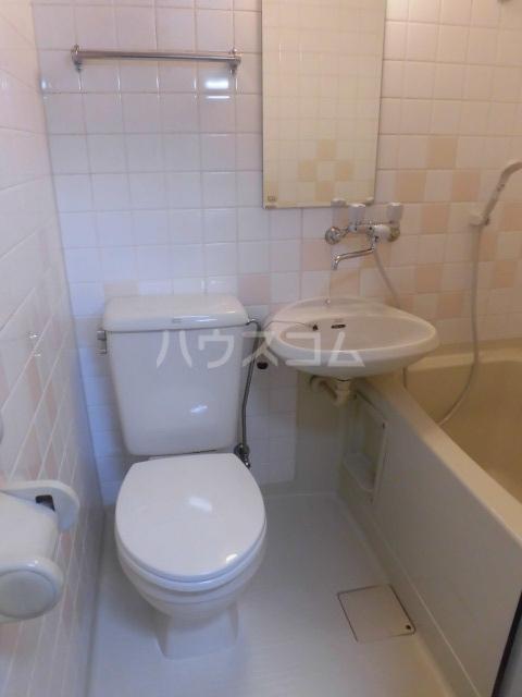 リリィハウス 103号室のトイレ