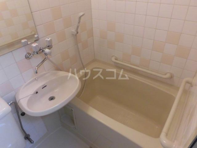 リリィハウス 103号室の風呂