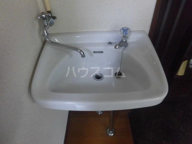 学大コーポ 101号室の洗面所
