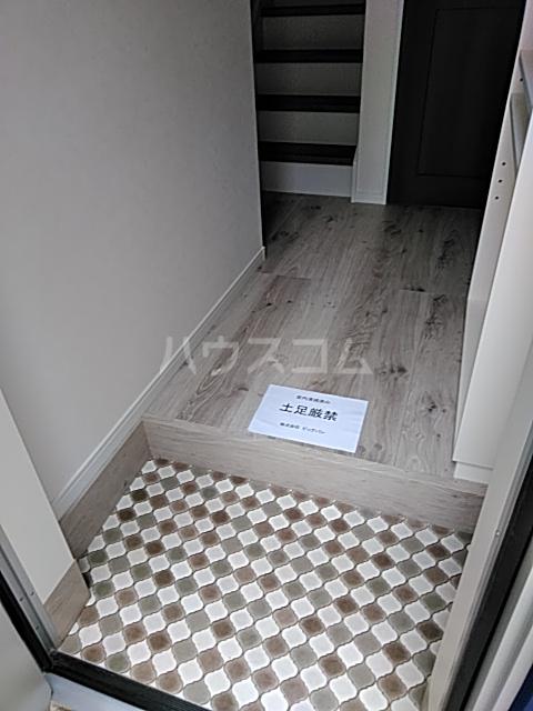 ハーミットクラブハウス等々力(仮) 2号室の玄関