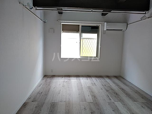 ハーミットクラブハウス等々力(仮) 2号室の居室