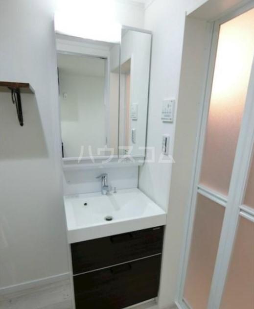 ハーミットクラブハウス目黒Ⅱ 05号室の洗面所