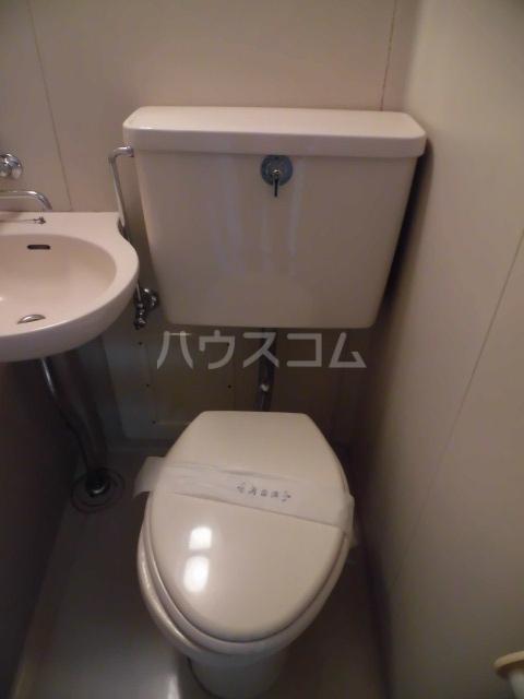 メゾンロビン 204号室のトイレ