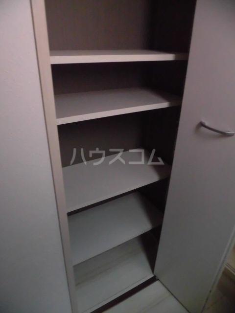 アプリーレ五本木 201号室の収納
