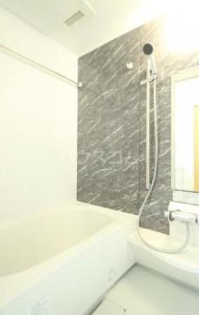 コルノリザイア 101号室の風呂